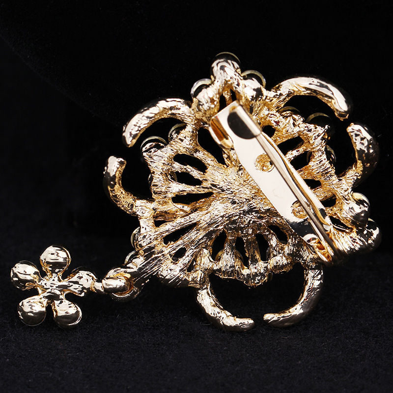 zinc alloy rhinestones bouquet brooch