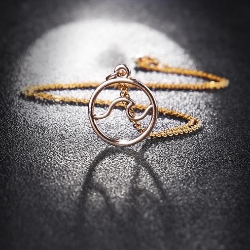 golden-ocean-wave-pendant-necklace