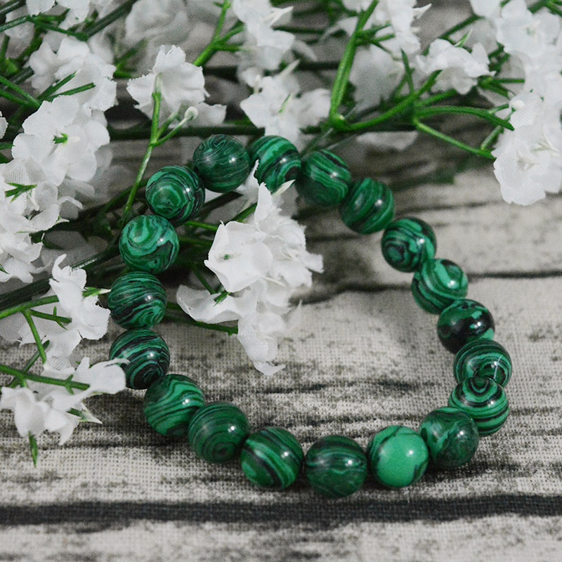 yoga-bracelet-stretch-green-malachite-beaded