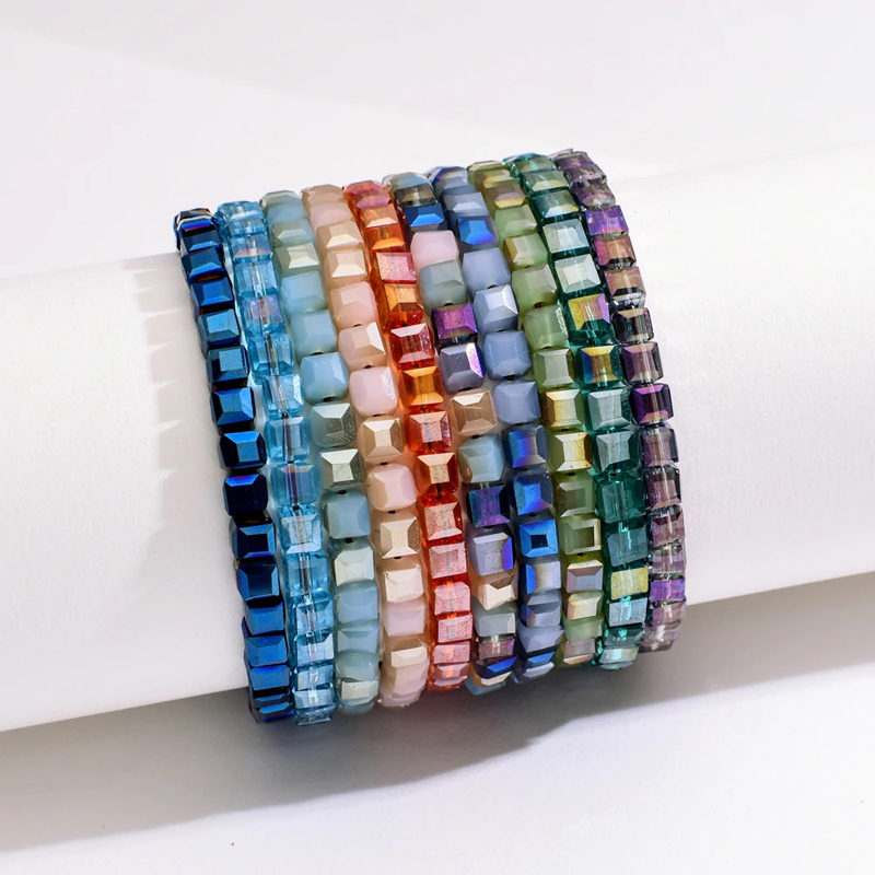 crystal-glass-bracelet-beaded-handmade-sliding-knot