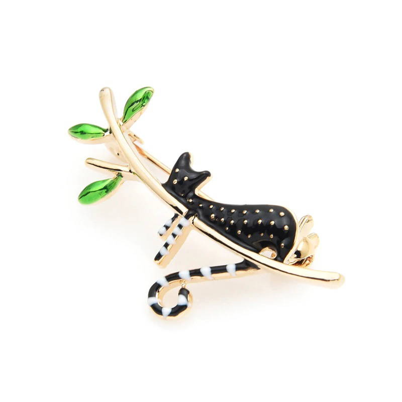 clothes-decoration-a-black-cat-on-a-tree-pin-jewelry